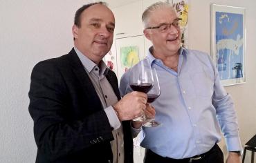 Der frisch gewählte Ammann Roland Kuster und sein Vorgänger Markus Dieth